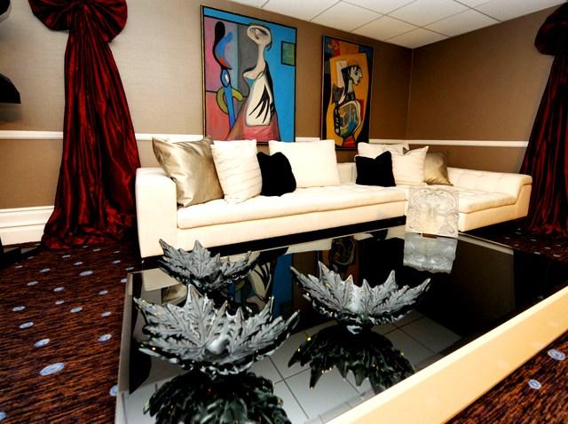 Gervais Dressing Room