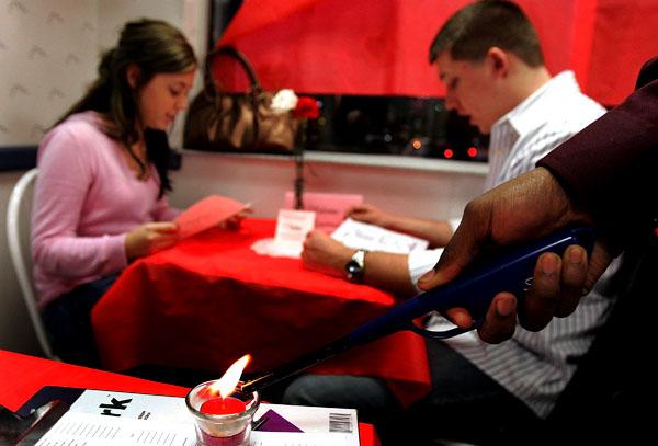 020709 Valentines Day Restaurant