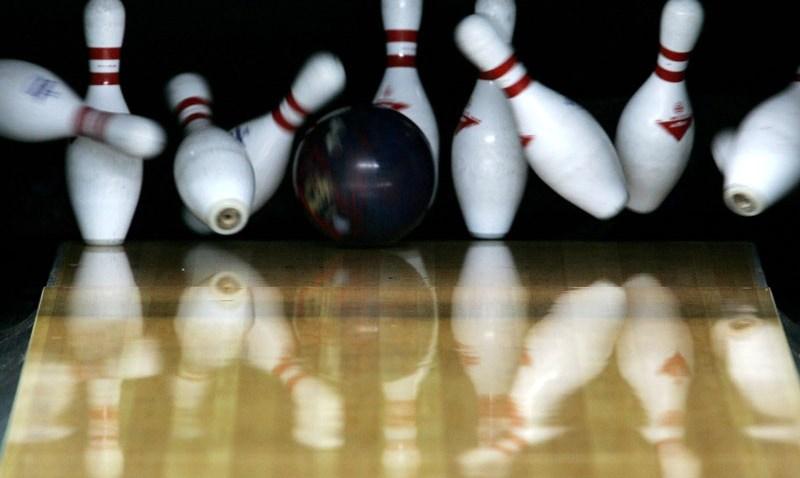 103108 Bowling Pins
