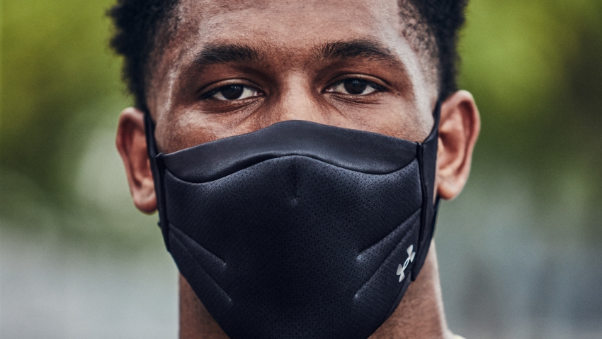 "Underarmour introduces a ""sports"" mask for athletes training during the pandemic."