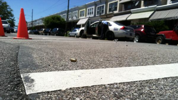 [UGCPHI-CJ]Stray?RT @NBCPhiladelphia: #BREAKING: 1 person and several parked cars struck by stay bullets: http: