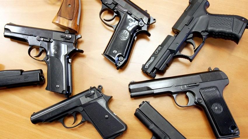53036417SB002_Guns