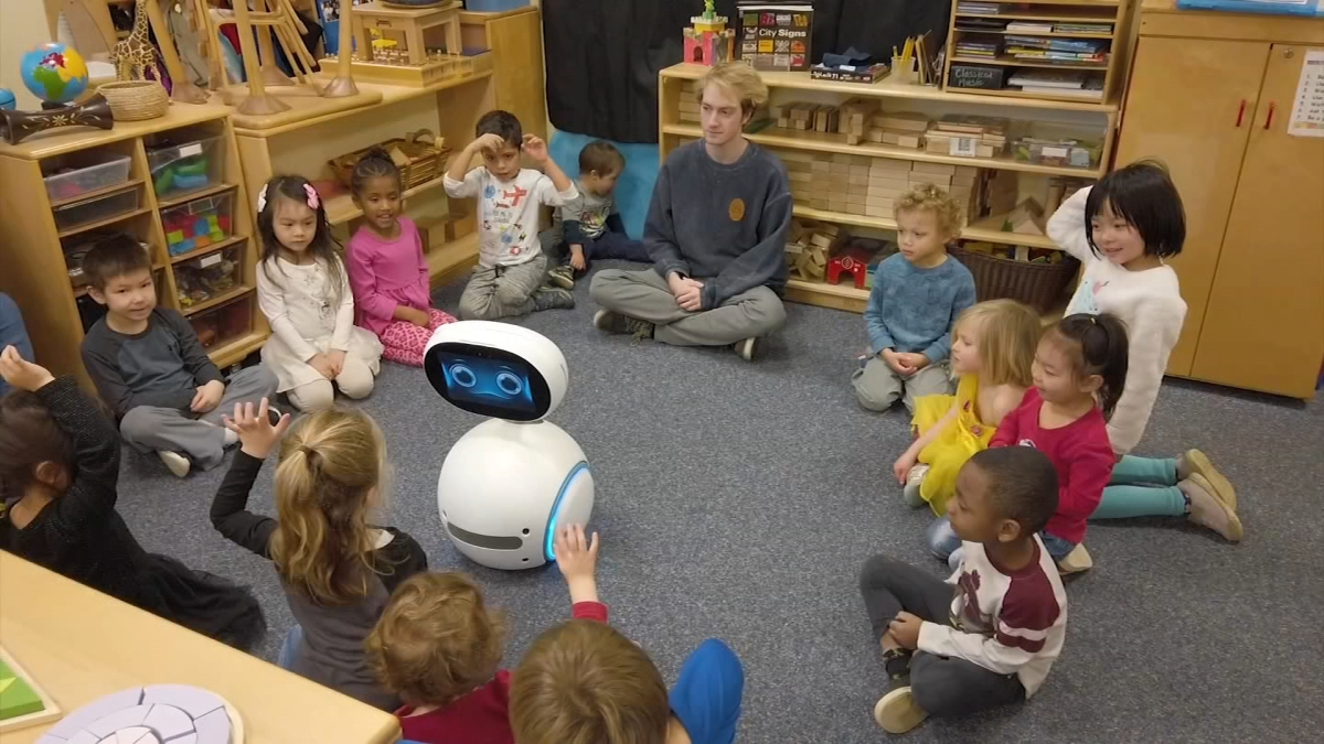 Robot Teaches Del. Students Lessons on Online Safety