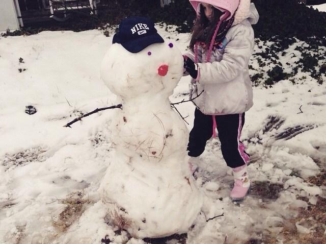 [UGCPHI-CJ-weather]Snowman and Audrina