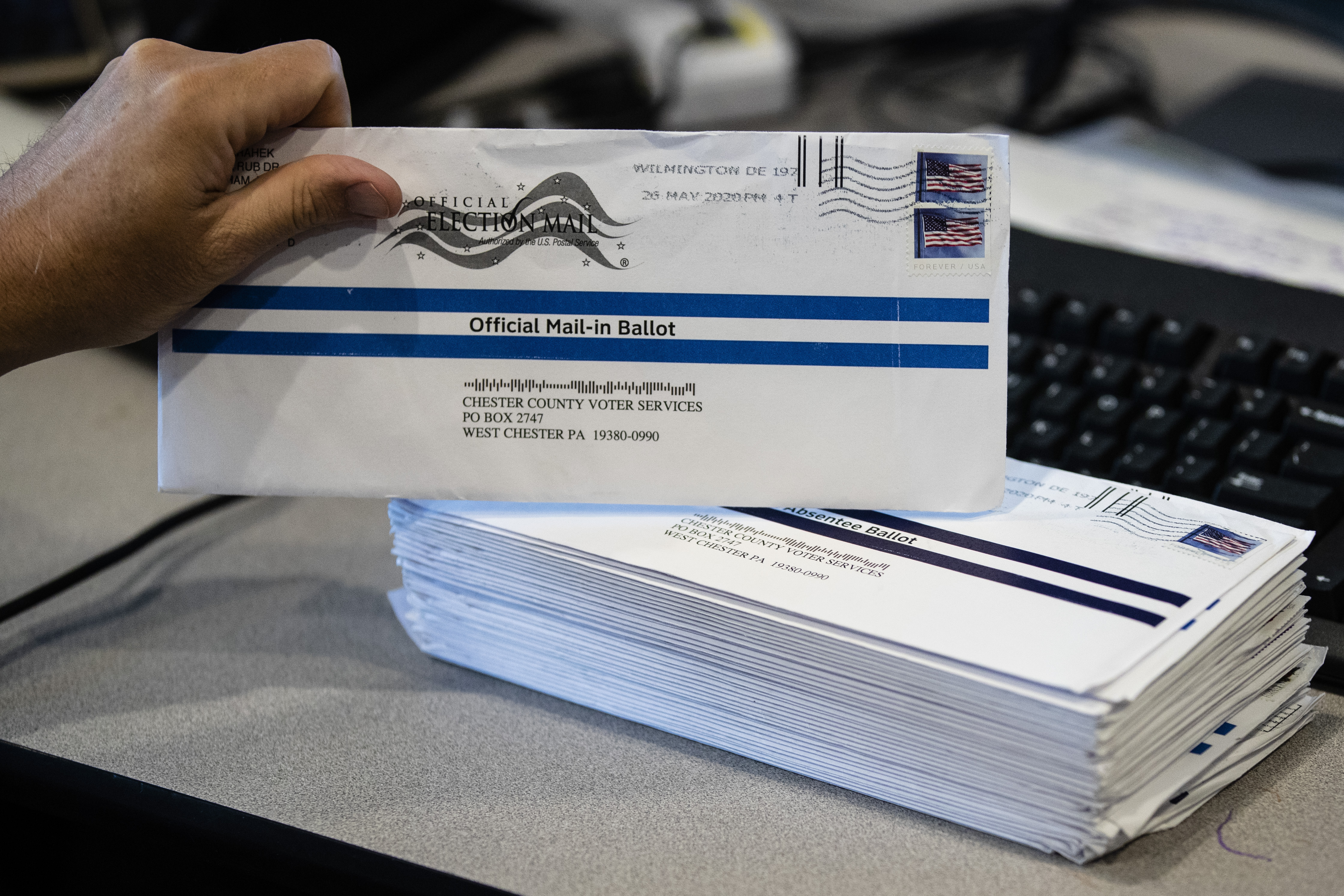 Pa. Asks Court to Extend Mail-In Voting Deadlines After Postal Service Warning