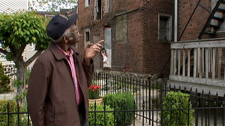 Baltimore-Abandoned-Building-Neighbor-Investigators