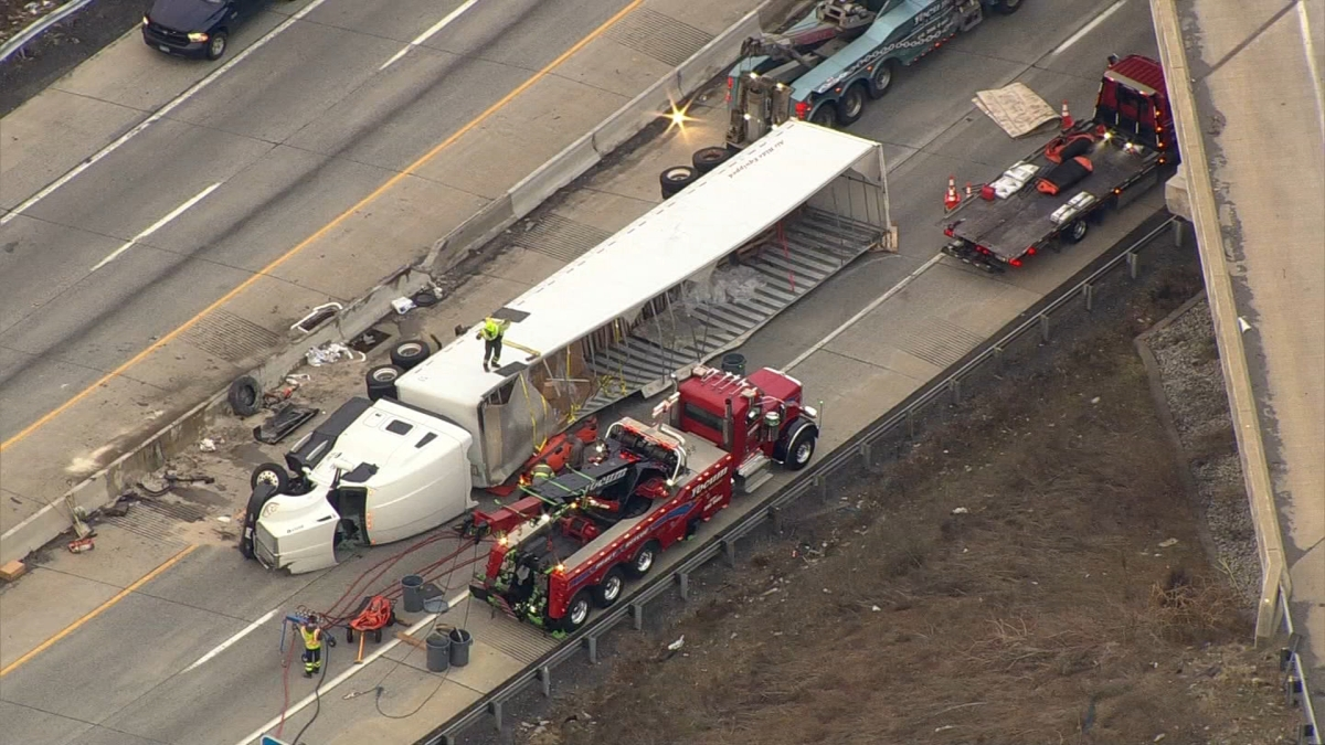 Overturned Big Rig Closes I-78 in Lehigh Valley