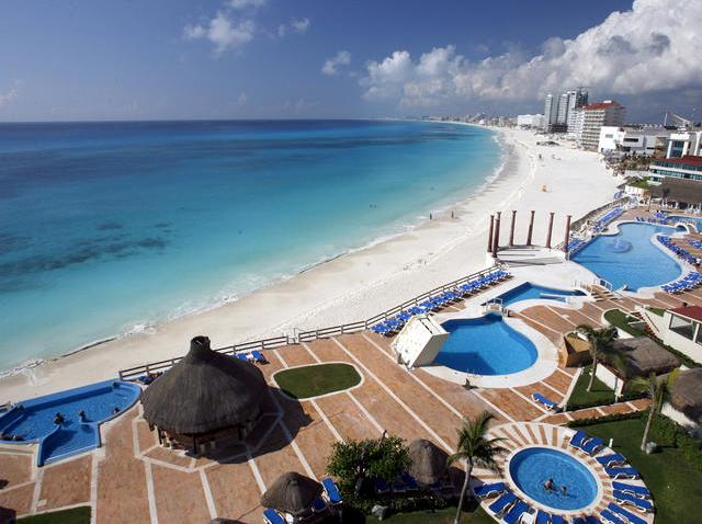 TRAVEL TRIP CANCUN COMEBACK