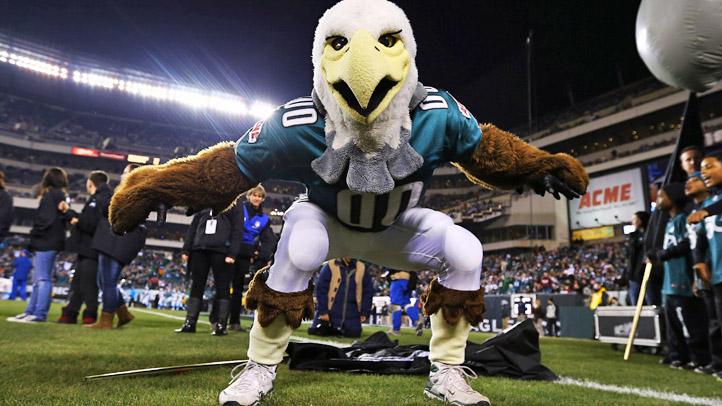 Eagles Swoop Dance