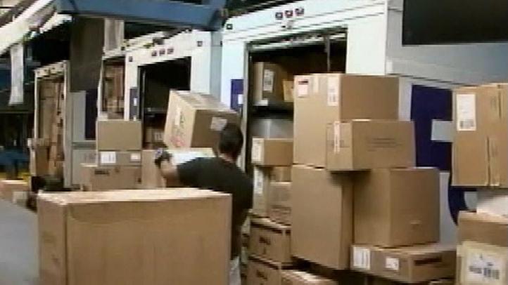 FedEx-Busy-Shipping-Day