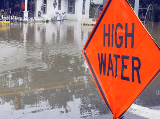 Flooding High Water Sign flod