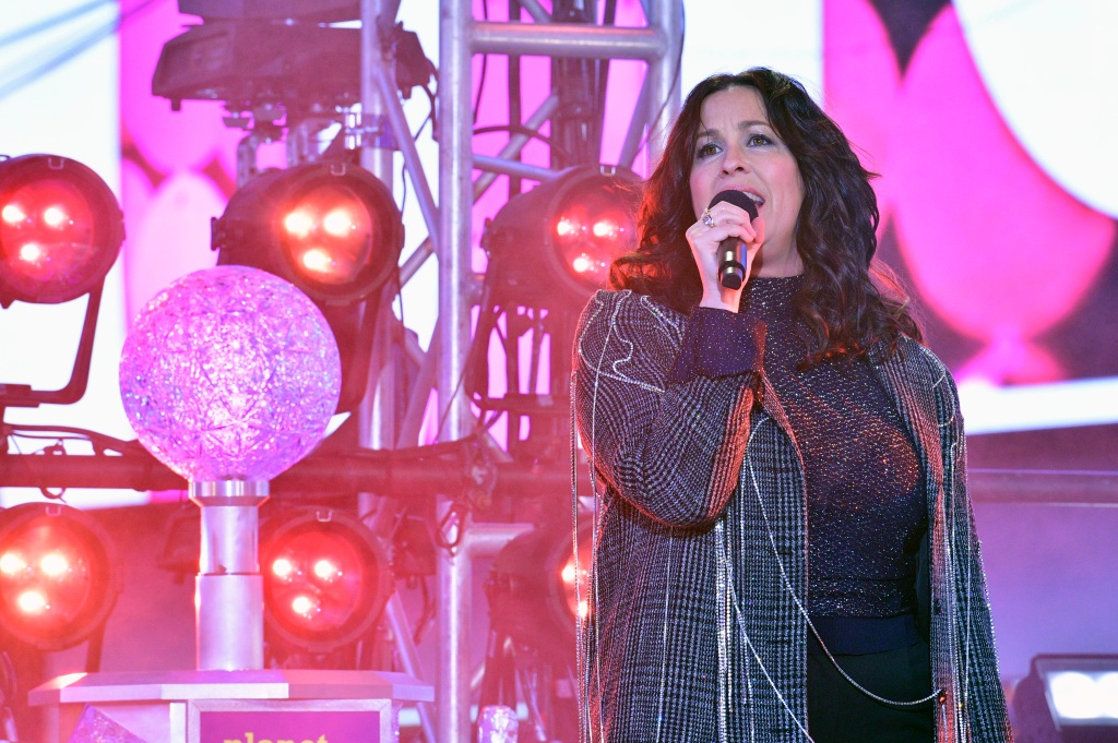 Alanis Morissette performing at Dick Clark's New Year's Rockin' Eve With Ryan Seacrest 2020.