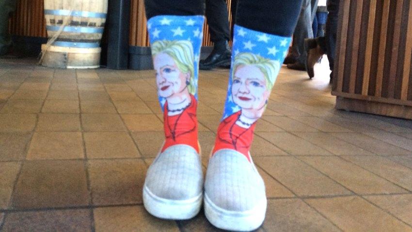 Hillary-Socks-only-lead-ima