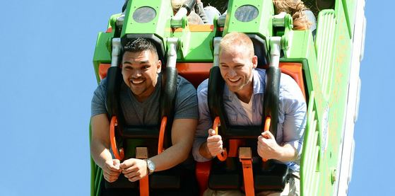 Looping-Dragon-Roller-Coaster