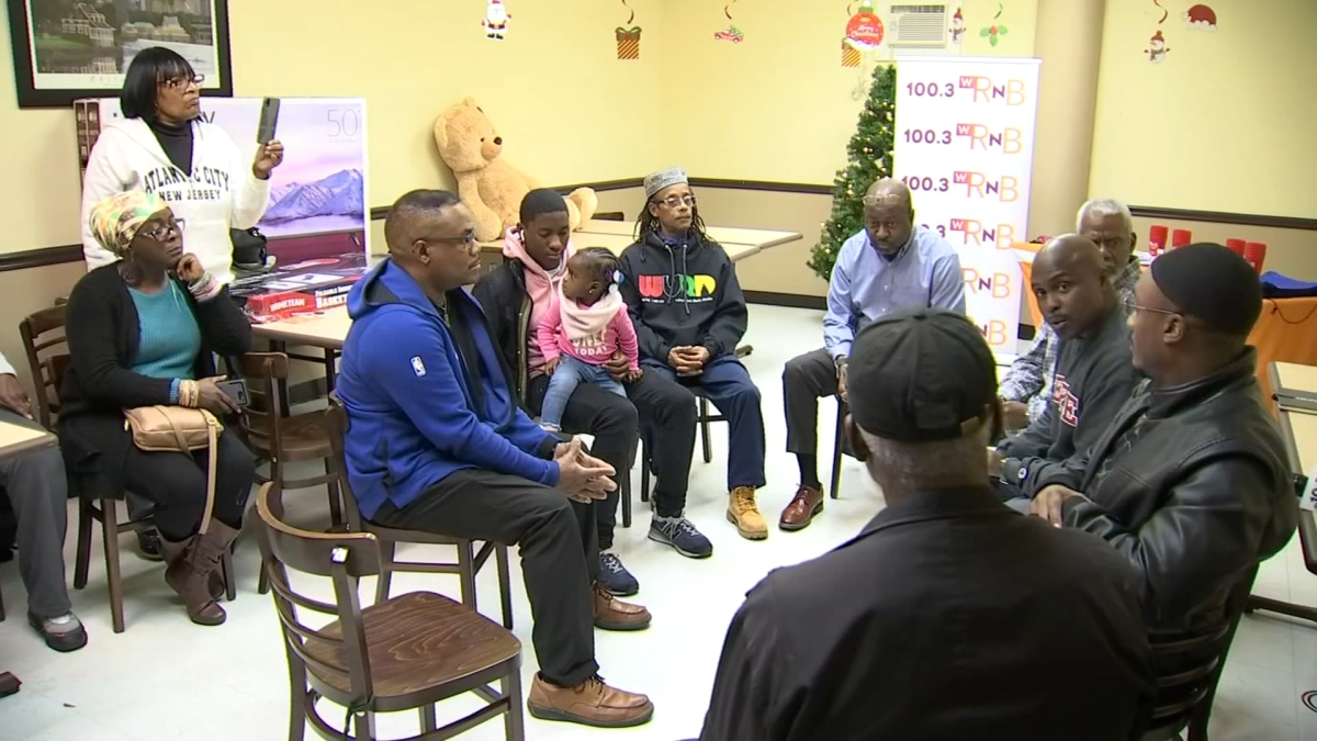 Man Up Philly: Local Men Discuss Ways to End Gun Violence in Philadelphia
