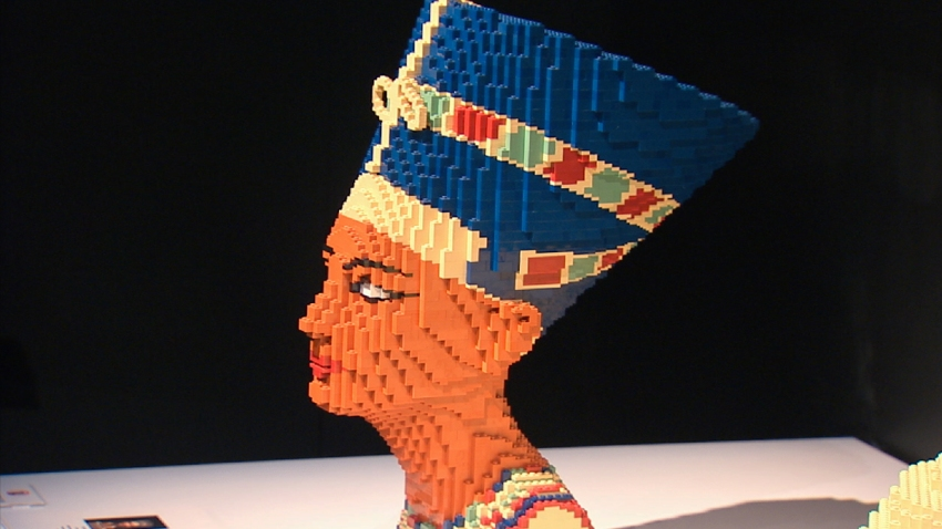 Nefertiti Head Art of Brick