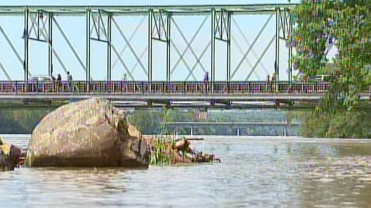 New_Hope_Delaware_River_Flooding_722x406_2110647558.jpg