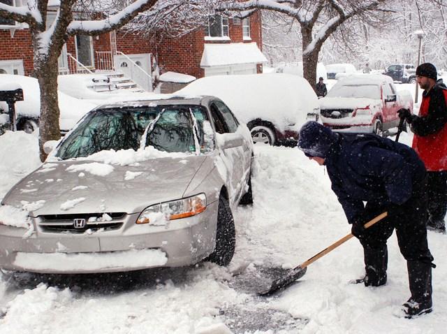 56798669WC012_snowstorm