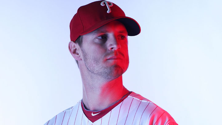 Kyle Kendrick Phillies red