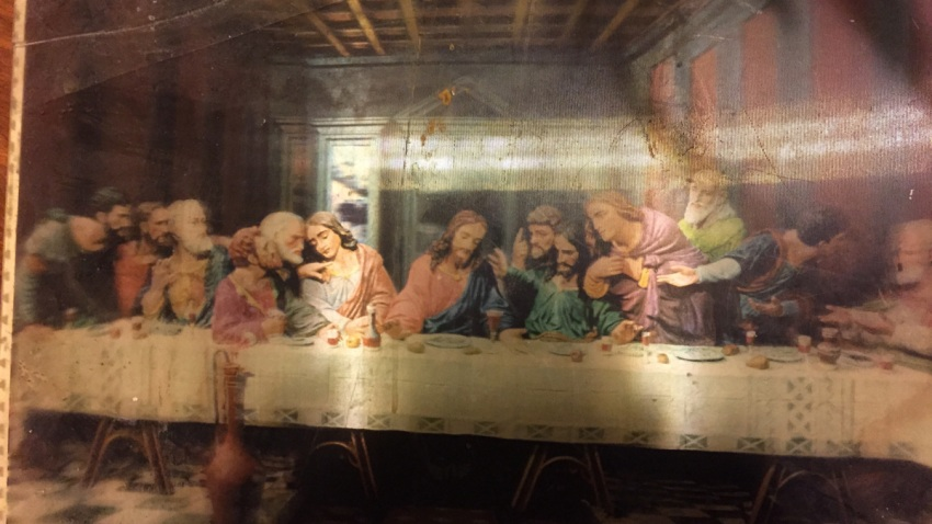 Praylow Boy Out Window The Last Supper Jesus