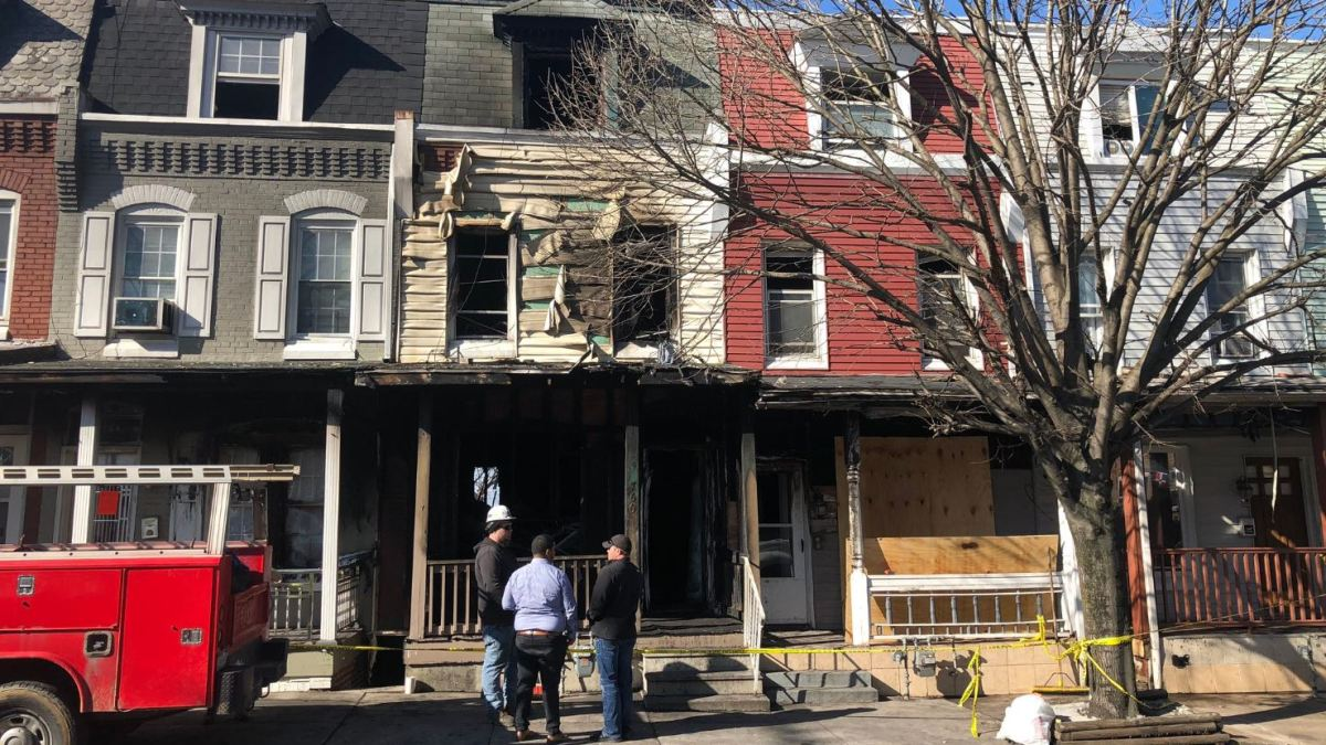Father Dies While Trying to Save Family From House Fire in Reading