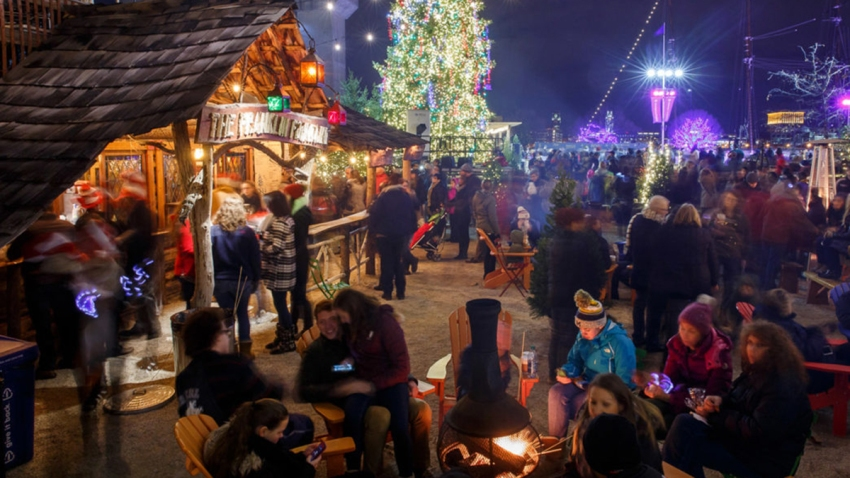 RiverRink Winterfest Tree Lighting