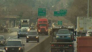 Schuylkill Expressway I-76 Cars Shoulders