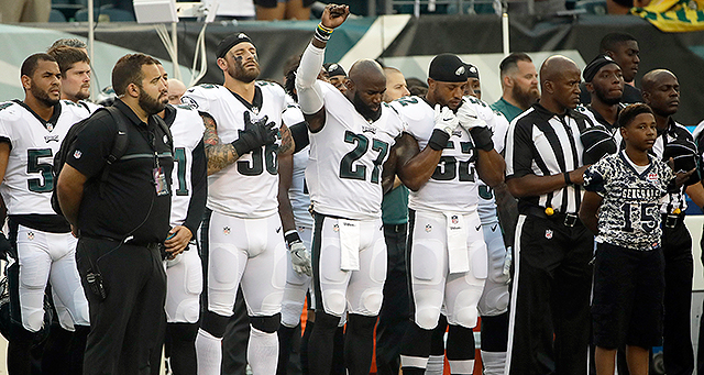 [CSNPhily] Chris Long to Malcolm Jenkins: 'I'm here for you'