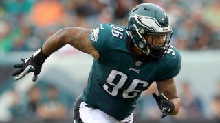 Philadelphia Eagles defensive end Derek Barnett (96) in action against the Arizona Cardinals during an NFL game at Lincoln Financial Field in Philadelphia, PA