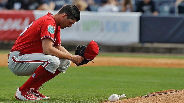 [CSNPhily] With flat fastball and no command, Mark Appel struggles again