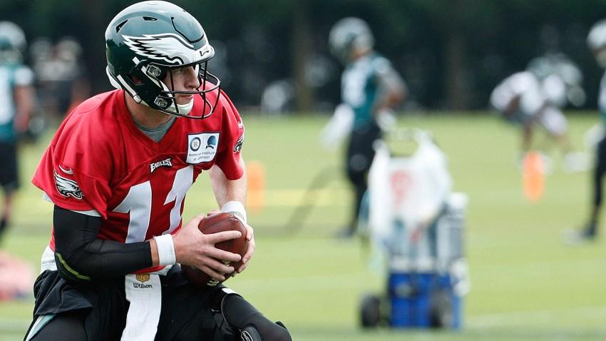 Carson Wentz Injury Update Report Says Eagles Qb May Not Return Until October Nbc10 Philadelphia