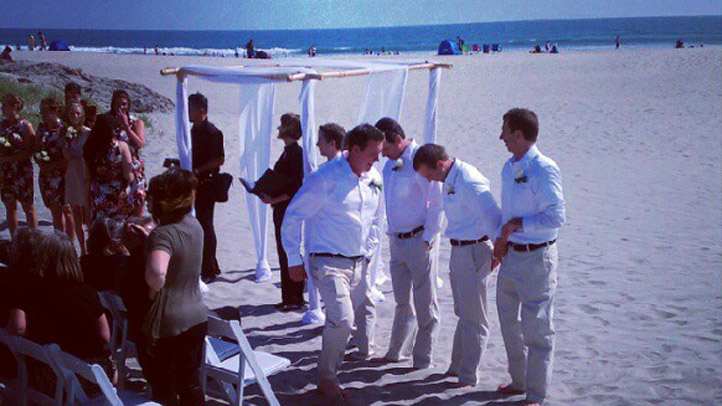 beach wedding 03292103