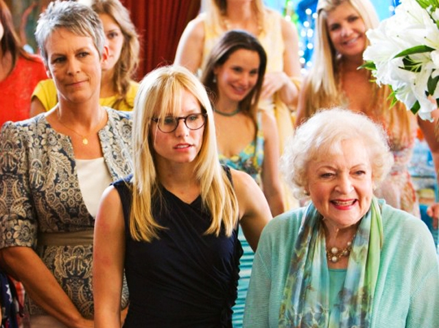 bettywhite_Jamie-Lee-Curtis-Kristen-Bell-and-Betty-White-in-YOU-AGAIN
