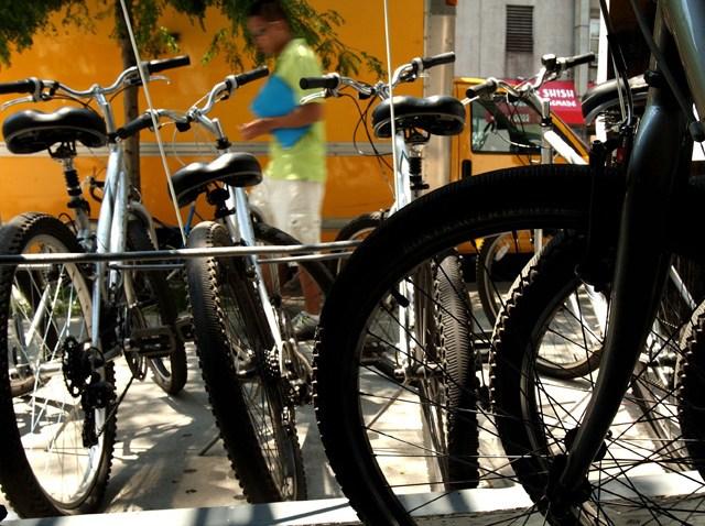 Rack_of_Bikes