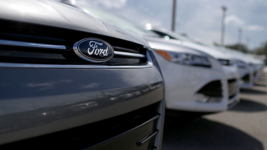 515237751JR00005_Ford_Issue