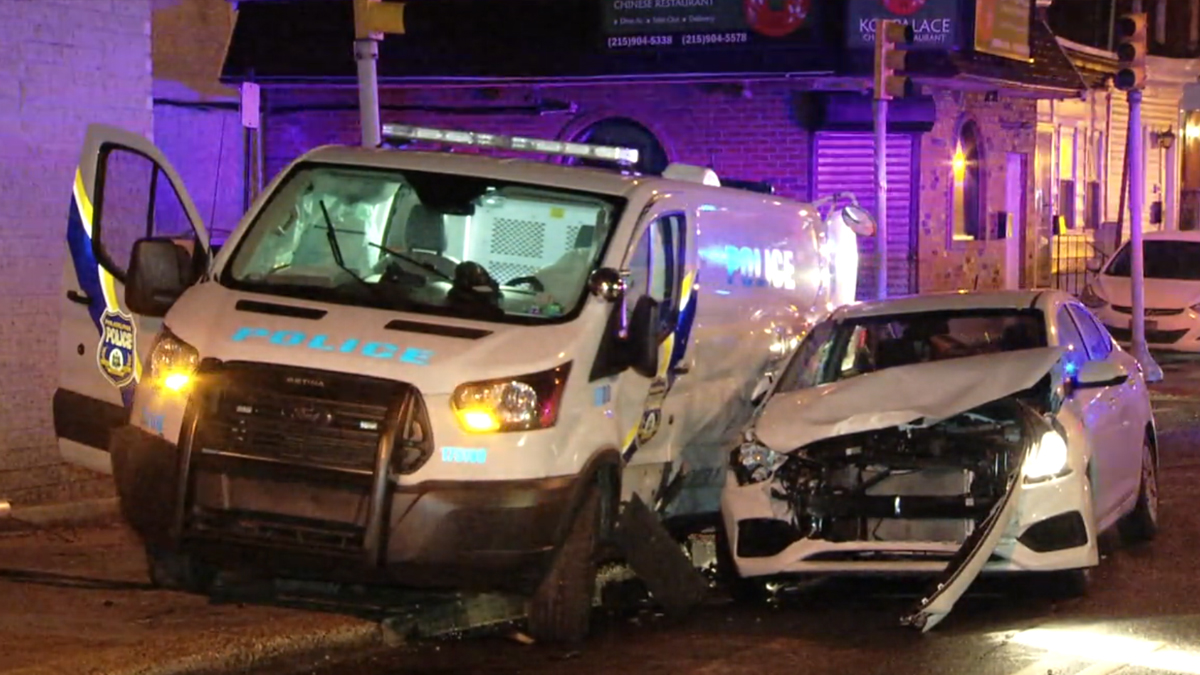 frankford police van crash 01152020