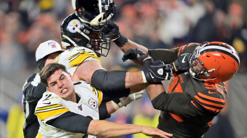 APTOPIX Steelers Browns Football