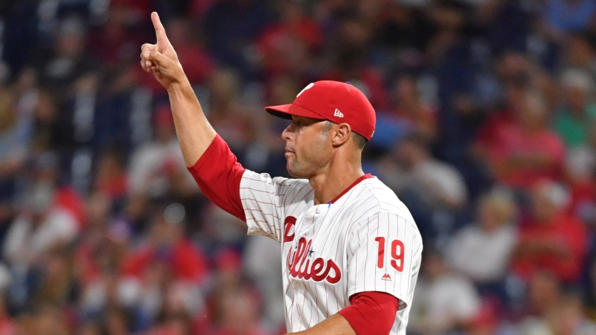 [CSNPhily] Gabe Kapler gets in a quick pump at Fenway before Phillies complete sweep