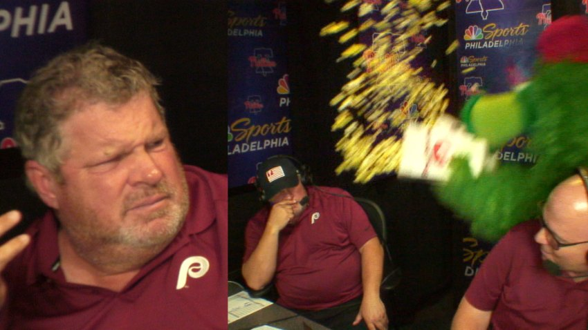 [CSNPhily] John Kruk's face shows how much he HATES the Phillie Phanatic