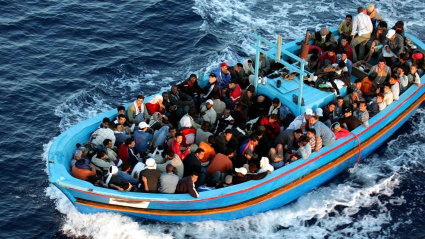 53116640MDL065_Lampedusa