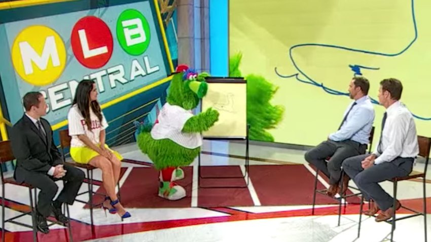 [CSNPhily] The Phillie Phanatic was surprisingly good at 'Pictionary' on MLB Network