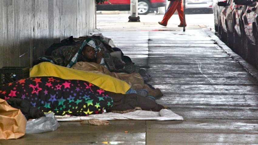 philly homeless sleeping shanty homes vine street