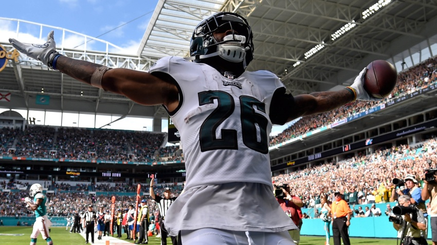 [CSNPhily] Eagles fans flood Hard Rock Stadium for game against Dolphins