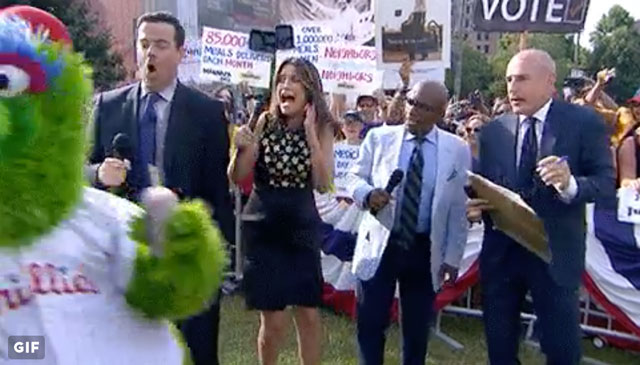 [CSNPhily] The Phanatic scared the bejesus out of Savannah Guthrie on the Today Show