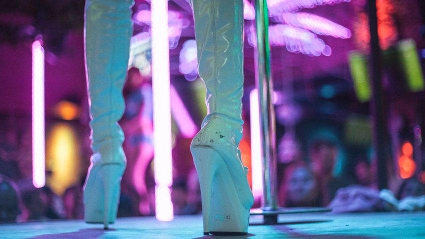 Women's high heeled platform boots