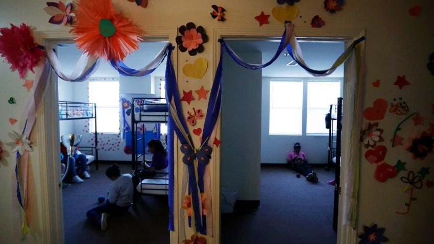 APTOPIX Immigration Child Detention
