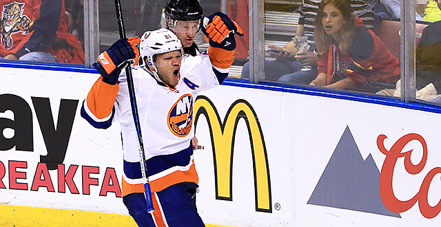 [CSNPhily] NHL Notes: Buffalo Sabres sign free-agent forward Kyle Okposo