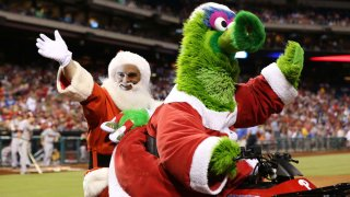 [CSNPhily] Rhys Hoskins stoked for early Zack Wheeler gift from Santa Klentak, Mets fans irate