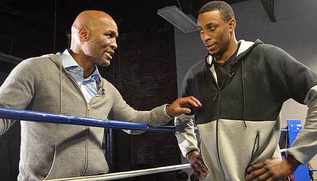 [CSNPhilly] Bernard Hopkins, Wayne Simmonds in boxing ring? Yeah, should be a treat