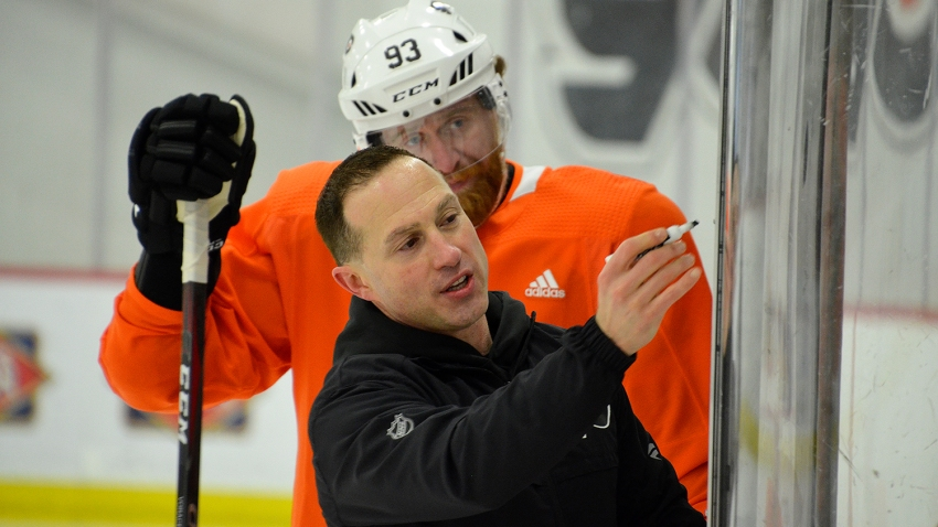 [CSNPhilly] Flyers sharpen their skills in 'different' practice